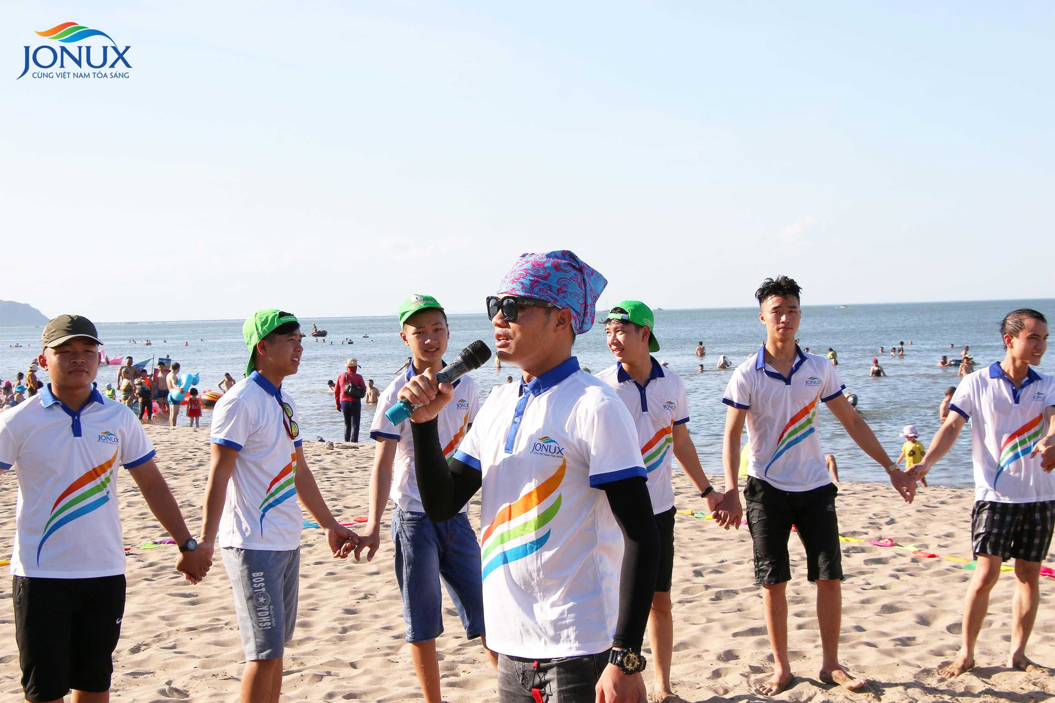 CTCP JONUX Châu Á tổ chức tour du lịch dành cho CBVN năm 2018